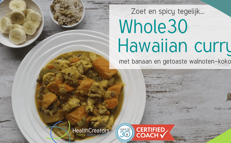 Whole30 Hawaiian curry met banaan en getoaste walnoten-kokosrasp